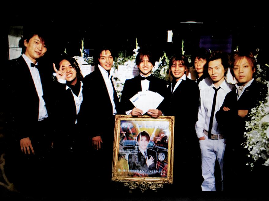 フェイズ3周年のときの写真。佐藤さんは、この当時の紙焼き写真をスマホで撮影し、そのデータを大切に保存していたという